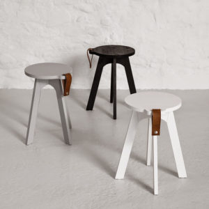COUNTRY STOOL 01